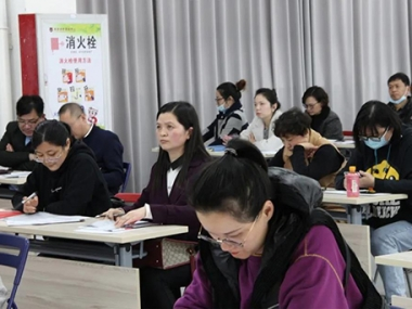【校园活动】2020-2021学年第二学期家长会成功召开